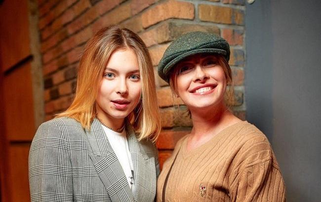 Елена Кравец с дочкой Машей